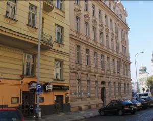 Havel's Apartment