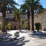 Square In Vis Town