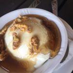 Yogurt with honey and walnuts