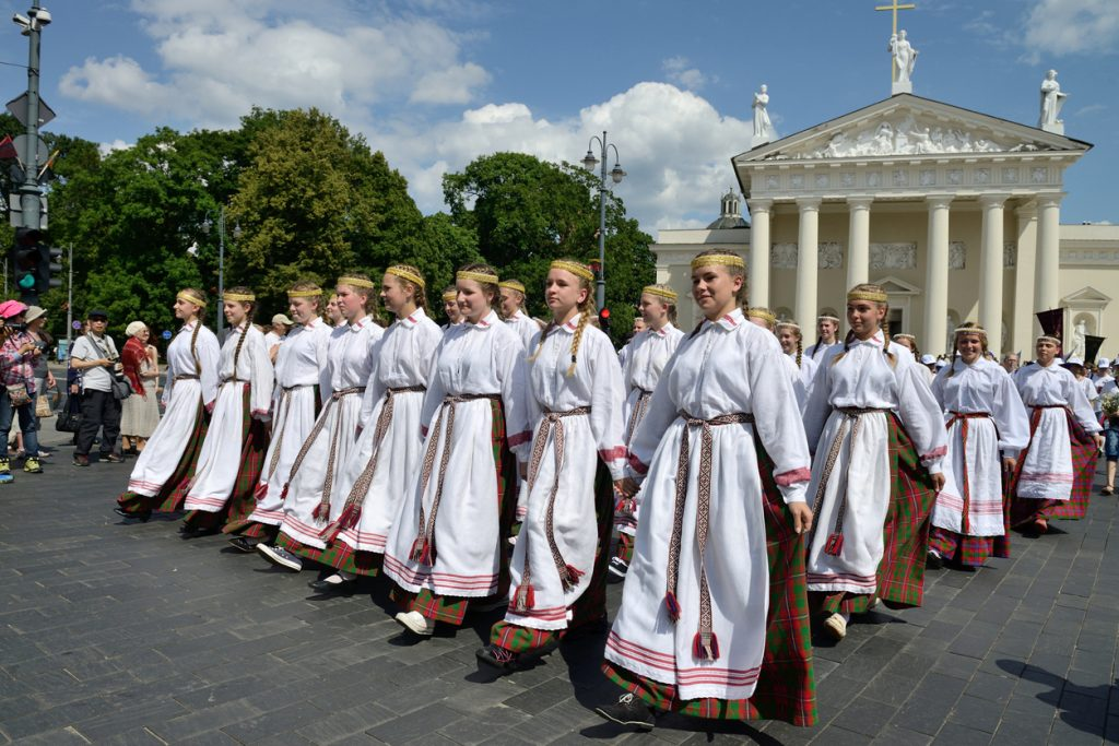 Parade in traditional Lithuanian Song Celebration