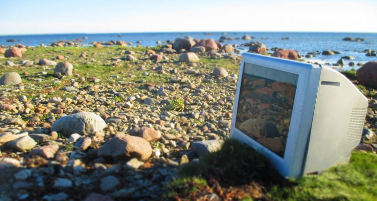 How did this intact monitor end up at an isolated portion of Saaremaa's coast? Your guess is as good as ours.