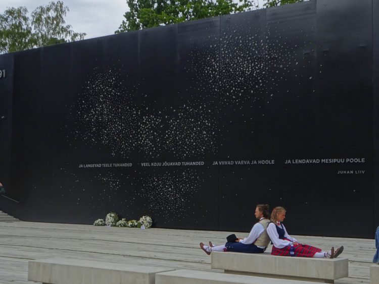 When the sky is blue, the memorial subtly forms a giant Estonian flag