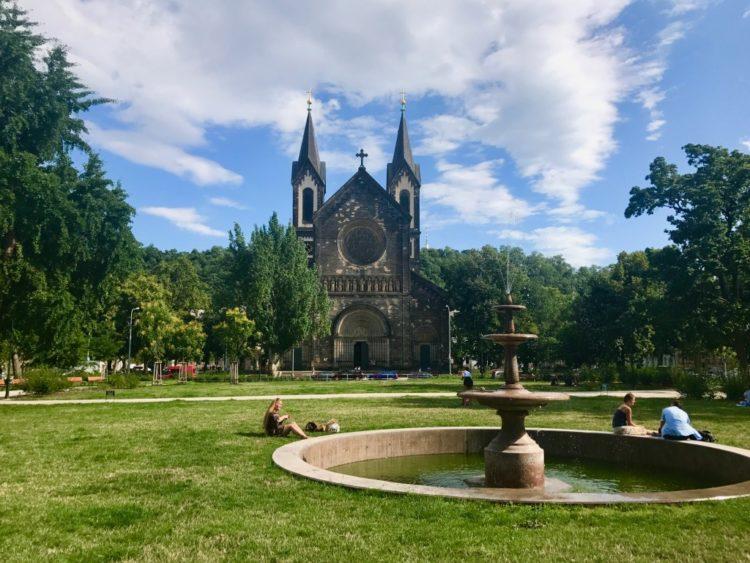 Karlinske Namesti church and fountain