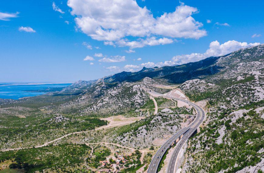 Highways, Scenic Routes & Coastal Roads